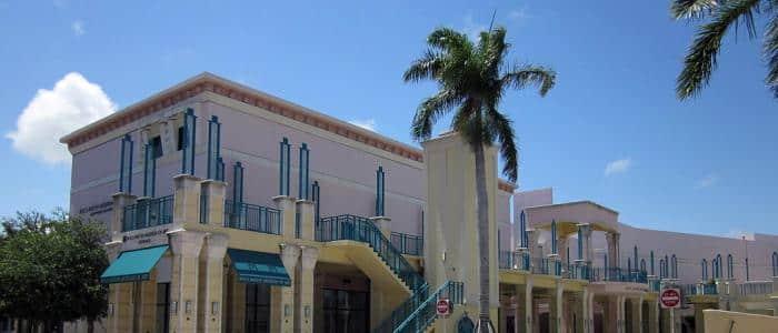 Web Marketing in Boca Raton, FL - photo of Mizner Park Mall in Boca